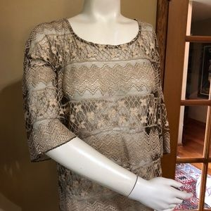 True Grit Open Weave Lace Overlay Blouse -Sz:S